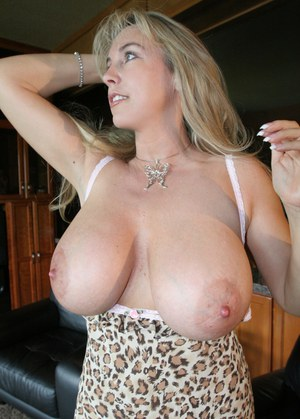 Housewife Saggy Tits Porn