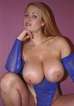 Older women wiyh huge tits