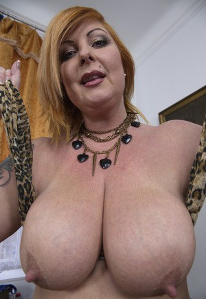 image Toni lace british mature mom feeding her old cunt