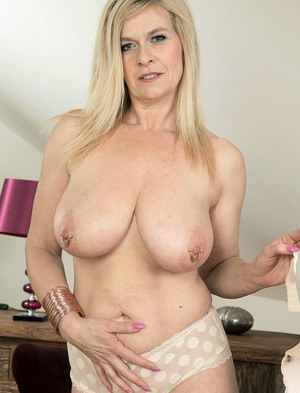 Crystal carter pussy