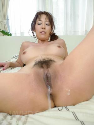 Saggy tits creampie